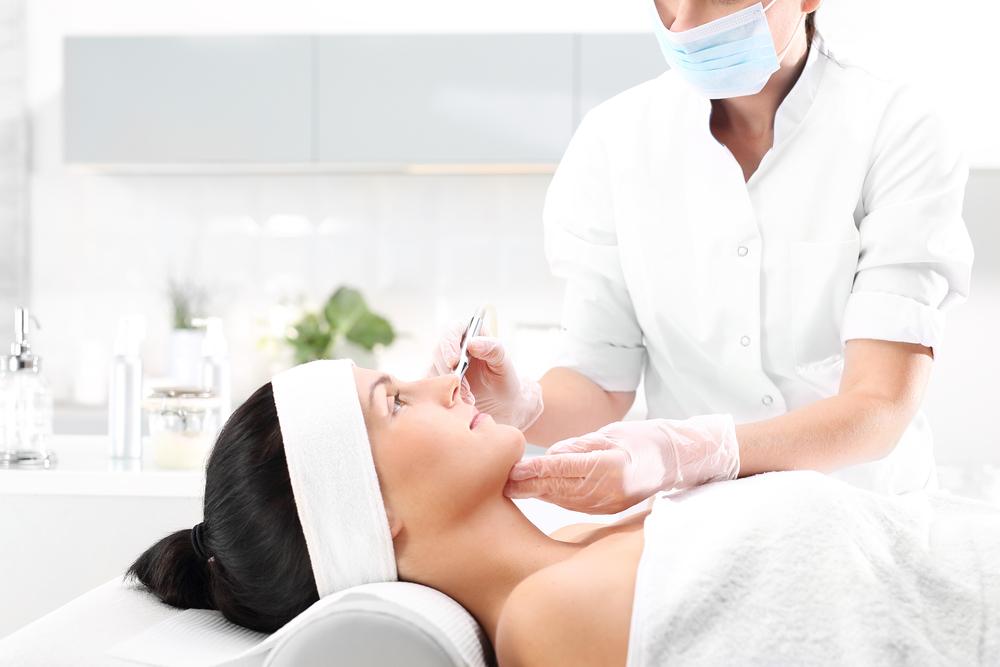 10 Benefits of Microneedling Treatments